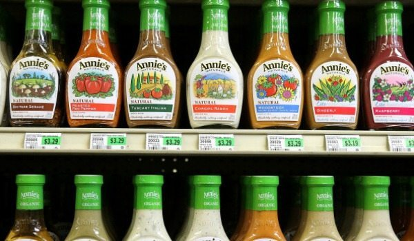 A Guide to Being Vegan in College Salad Dressing