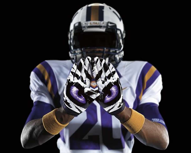 The Top 10 College Football Uniforms of 2013  Surviving College