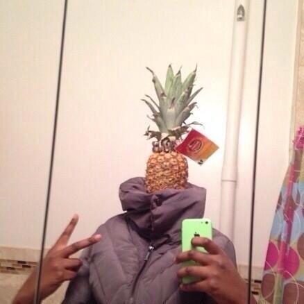 Pineapple head selfie - Selfie Olympics