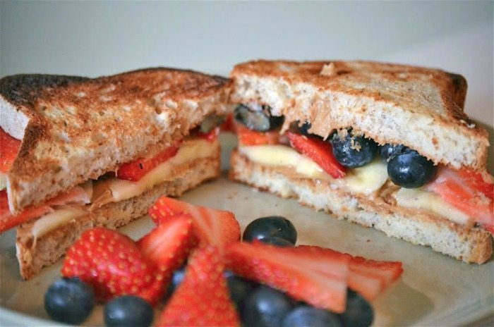 peanut butter fruit sandwich