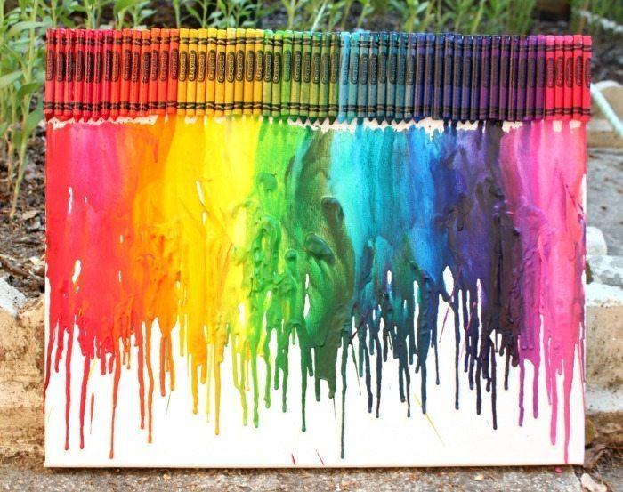 Melted-crayon-rainbow DIY