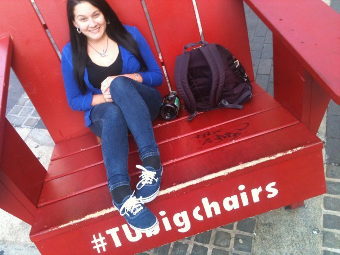 you know you re a temple owl when campus riot temple university big chairs