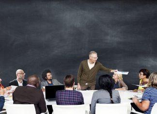 senior seminar class