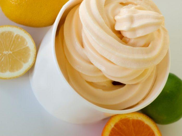 Frozen Soft Serve Yogurt