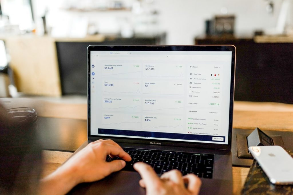 ecommerce income